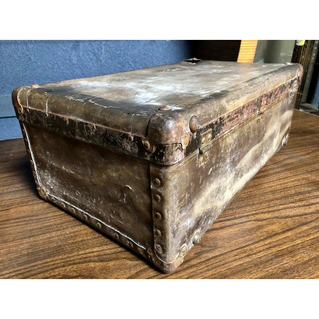 Vintage Well-Worn Wearever Salesman Sample Suitcase For Sale - Image 4 of 11