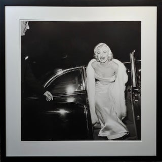 Large Silver Gelatin Photograph of Marilyn Monroe at 1954 Premier by Murray Garret Preview