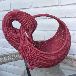 Red Swan Basket Preview