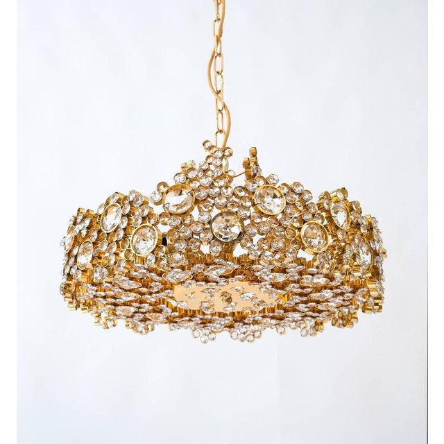 Mid-Century Modern Pair Palwa Crystal Glass Gold Plated Brass Chandeliers Refurbished Lamps, 1960 For Sale - Image 3 of 10
