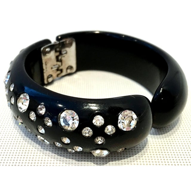 Art Deco 1950's Vintage Weiss Black Thermoplastic & Swarovski Crystal Clamper Cuff Bracelet For Sale - Image 3 of 11