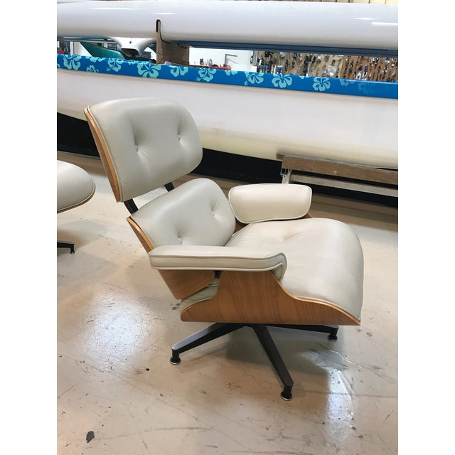 Herman Miller Lounge Chair & Ottoman - Image 5 of 9