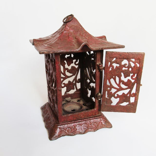 Cast Iron Red Garden Lantern - Image 2 of 2