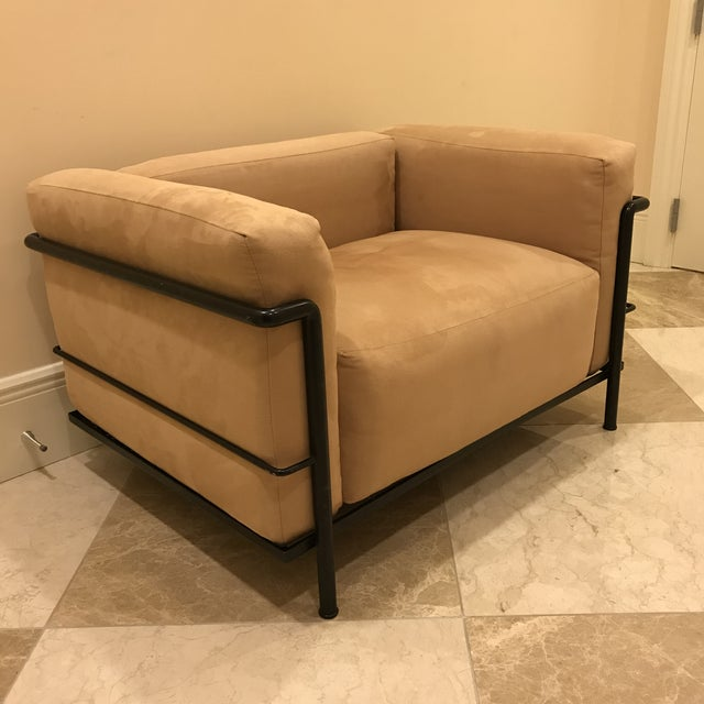 Early 1980s Vintage Cassina Le Corbusier Lc3 Grand Comfort Armchairs- a Pair For Sale In Tampa - Image 6 of 13