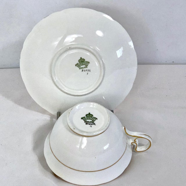 Aynsley England Yellow Gold Gilt With Yellow Rose Floral Bouquet Cup & Saucer For Sale In Los Angeles - Image 6 of 10