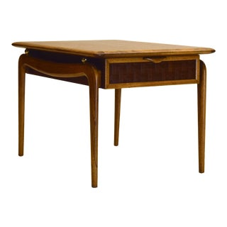 Walnut and Oak End Table by Lane Altavista For Sale