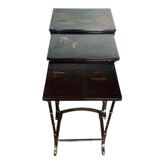 Early 20th Century Chinoiserie Black Lacquered Japanned Nesting Tables - Set of 3 For Sale