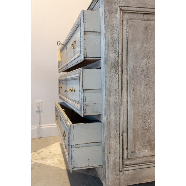1900s Shabby Chic/French Louis XVI Commode For Sale In Houston - Image 6 of 13