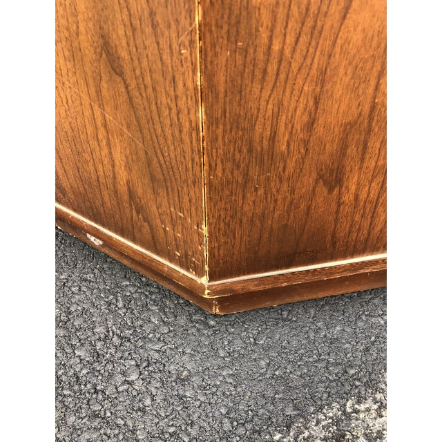 1960s Mid Century Modern Round End Table With Storage Cabinet For Sale In New York - Image 6 of 10