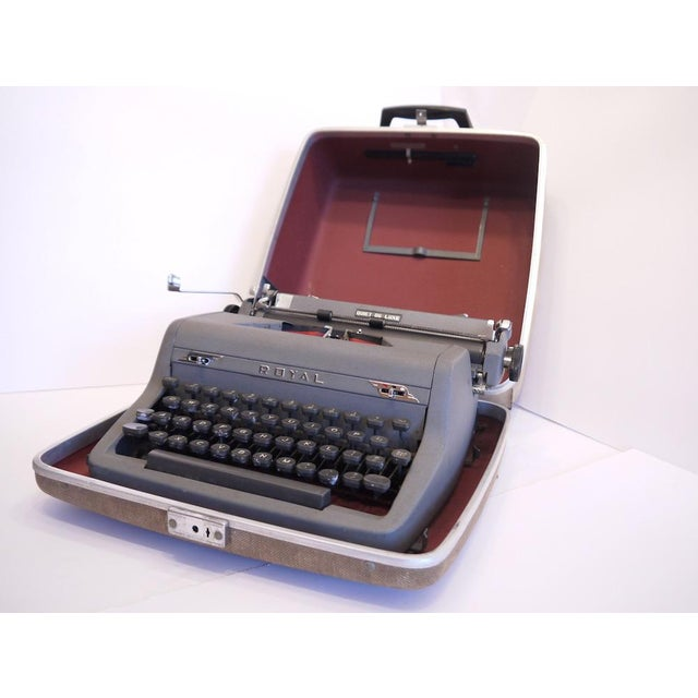 Vintage Royal Quiet Deluxe Typewriter - Image 2 of 9
