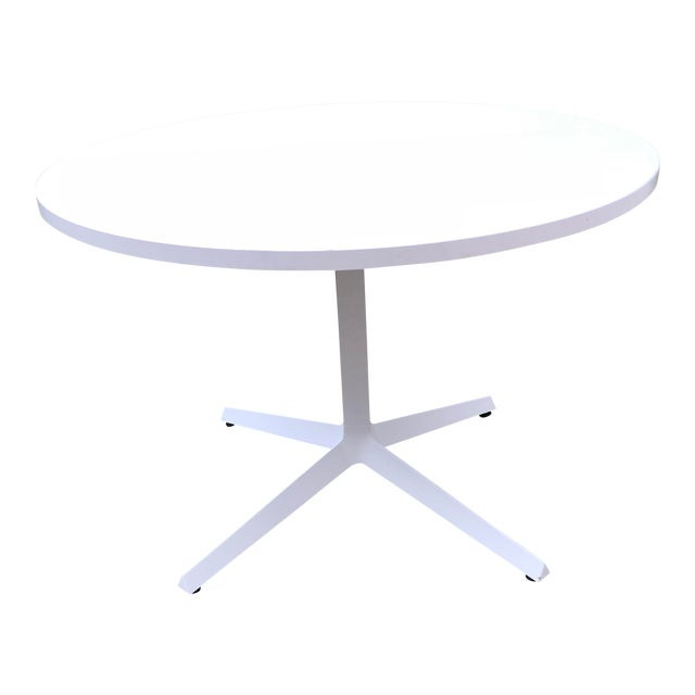 Knoll Mid-Century Modern X Base Dining Table For Sale