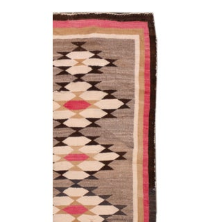 """Beautiful Navajo Scatter Rug, 2'7"""" X 4'6"""" Preview"""