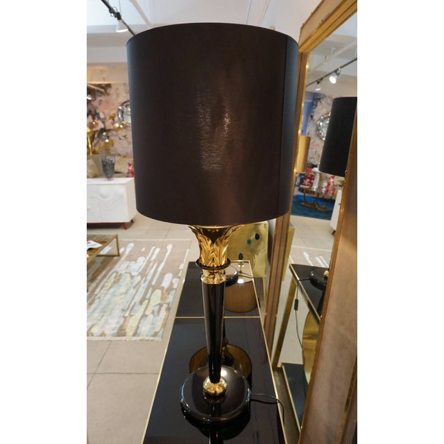1970 Italian Hollywood Regency Black Lacquered and Gold Leaf-Motif Lamps - a Pair For Sale In New York - Image 6 of 9