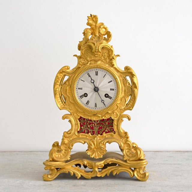 Early 19th Century French Louis XIV Style Ormolu Mantle Clock For Sale - Image 9 of 9