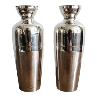 Vintage 1930's Napier King and Queen Cocktail Shakers For Sale