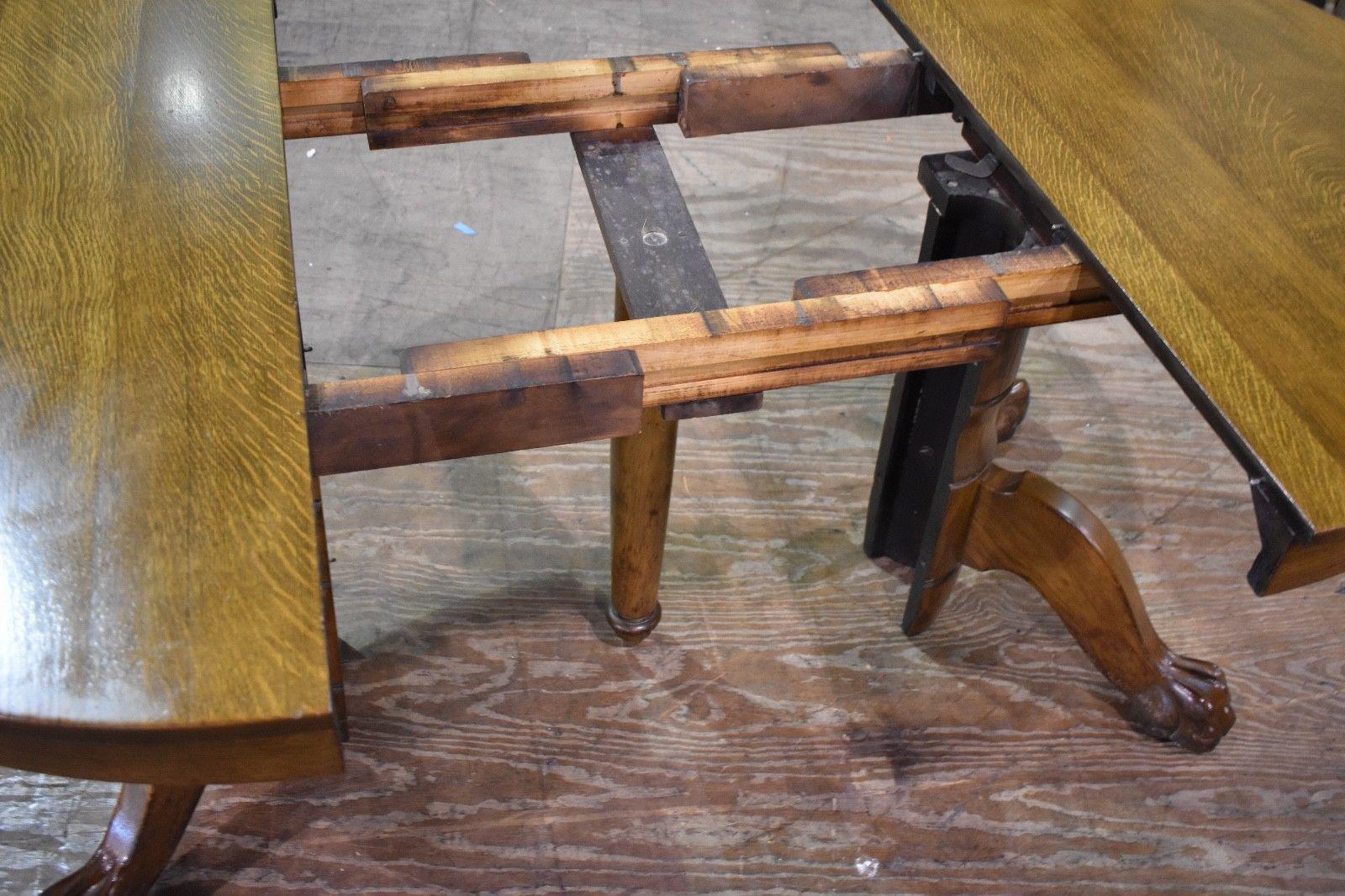 Antique Round Tiger Stripe Quarter Sawn Oak Dining Table   Image 6 Of 8