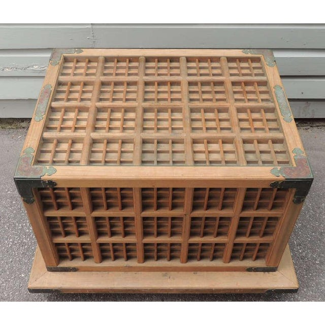 19th C Japanese Pine Ceremonial Saki Box For Sale - Image 4 of 8