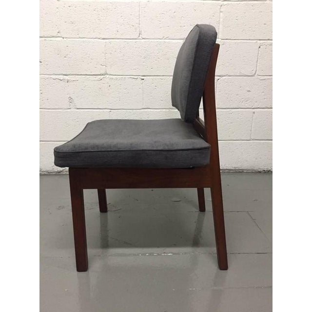 1950s Set of Four Walnut Jens Risom Chairs For Sale - Image 5 of 6