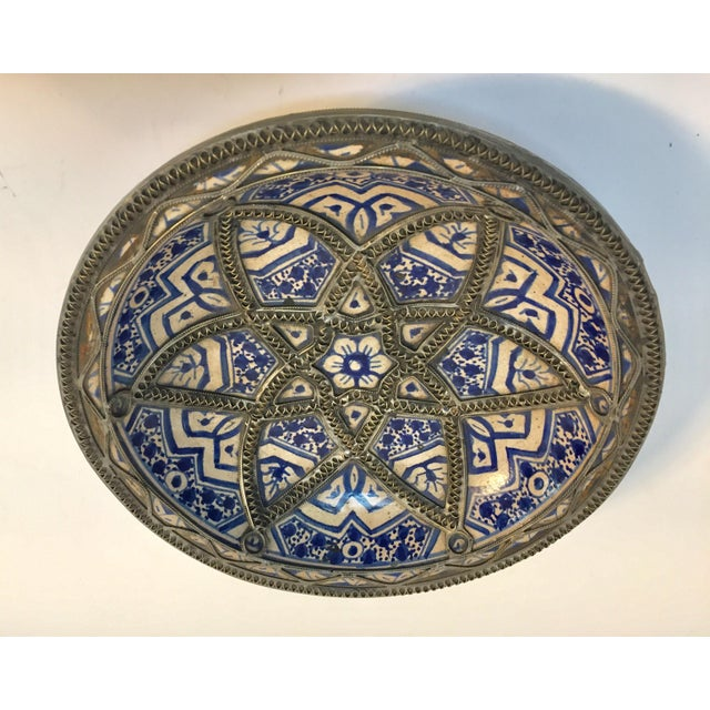 1940s Decorative Moroccan Blue and White Handcrafted Ceramic Bowl From Fez For Sale - Image 5 of 12