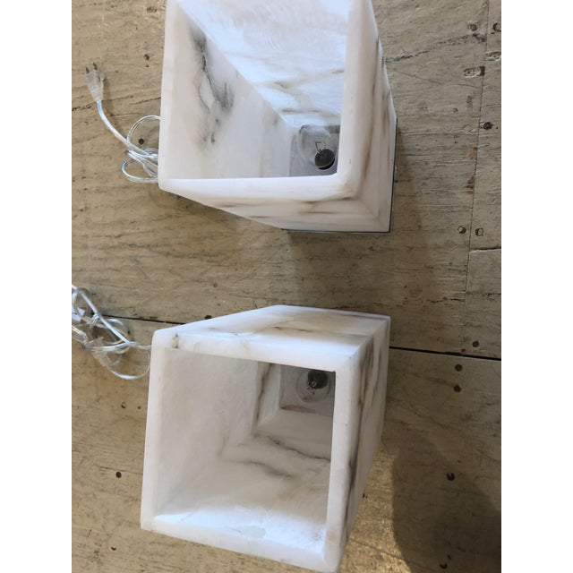 Modern Marble Cubes on Lucite Bases Table Lamps - a Pair For Sale - Image 3 of 8