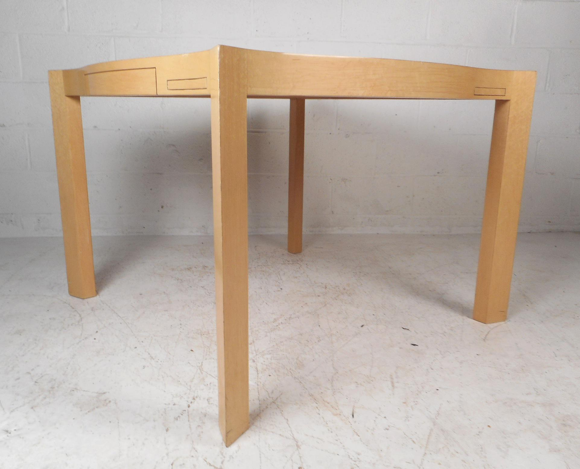 This Gorgeous Vintage Modern Game Table Features A Blonde Lacquered Finish  And Sculpted Top. Four