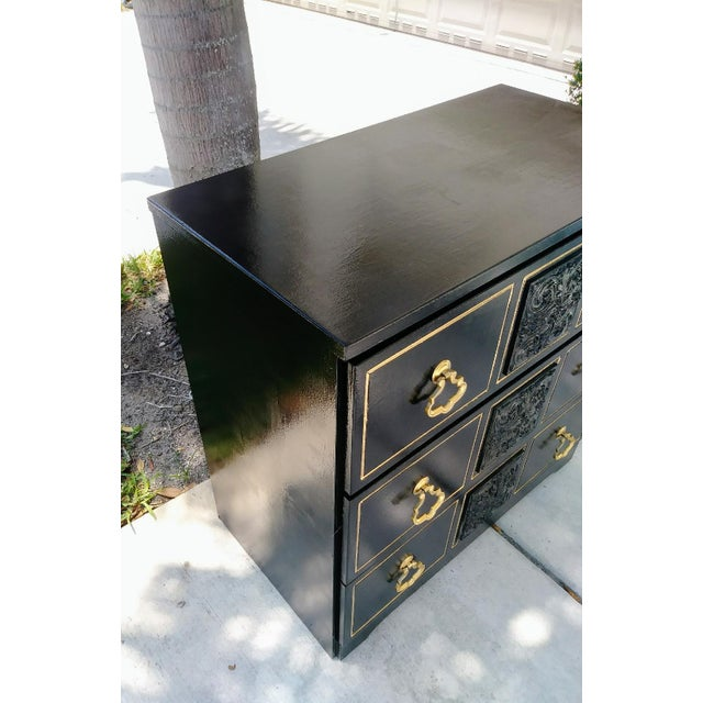 Dorothy Draper Style Hollywood Regency 3 Drawer Black Gold Vintage Small Dresser For Sale In West Palm - Image 6 of 8