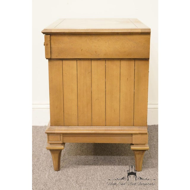 Late 20th Century Vintage American of Martinsville Nightstand For Sale - Image 9 of 12