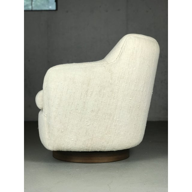 Mid-Century Modern Designer Swivel and Tilt Lounge Chairs by Milo Baughman for Thayer Coggin For Sale - Image 3 of 11