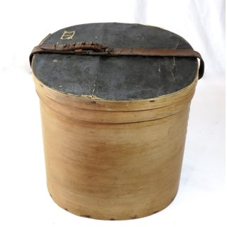 Antique Early American Bentwood Hat Box Preview