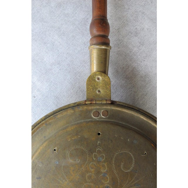 18th Century Brass Bedwarmer For Sale - Image 4 of 9