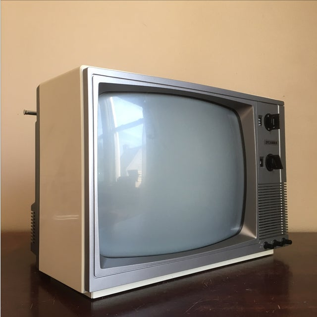 1985 Sylvania Television - Image 5 of 11