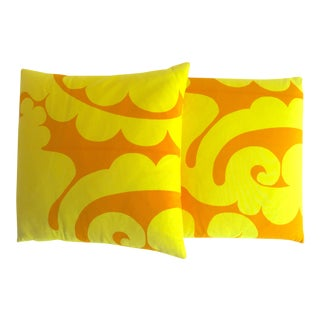Marimekko Rare Vintage 1960's Mid Century Scandinavian Modern Throw Pillows - a Pair For Sale