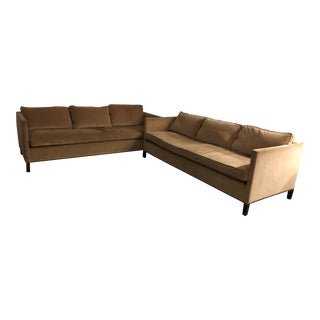 Custom Dessin Fournir Couches - A Pair For Sale
