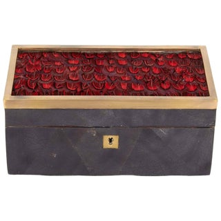 Organic Modern Decorative Box in Lacquered Pen Shell and Exotic Red Feathers For Sale