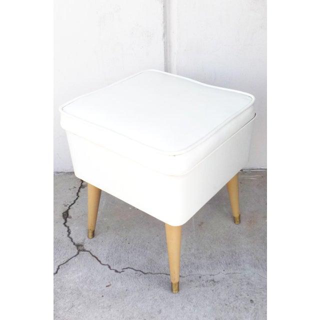 Mid-Century Modern White Leatherette Storage Stool - Image 2 of 7