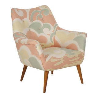 1960s Mid Century Modern Arm Chair on Splayed Legs For Sale