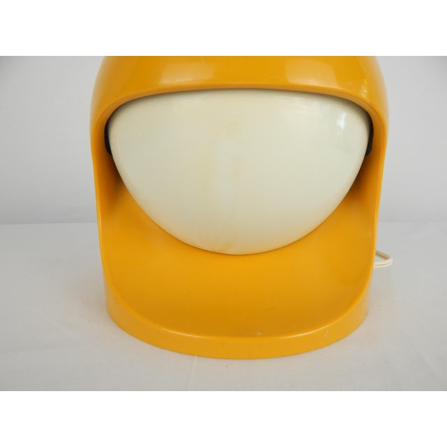"""Space Age Lightolier """"Interplay 2"""" Yellow Lamp For Sale - Image 10 of 13"""