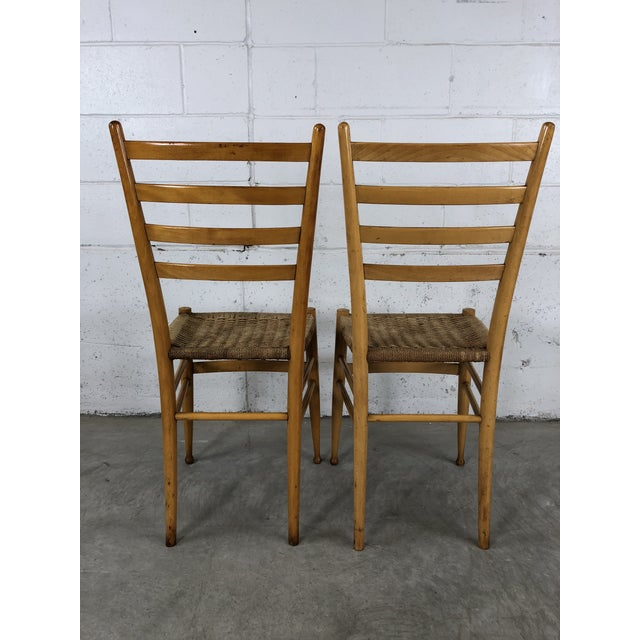 Mid-Century Italian Beech Wood Ladder Back Chairs Gio Ponti Style, Pair For Sale - Image 9 of 10
