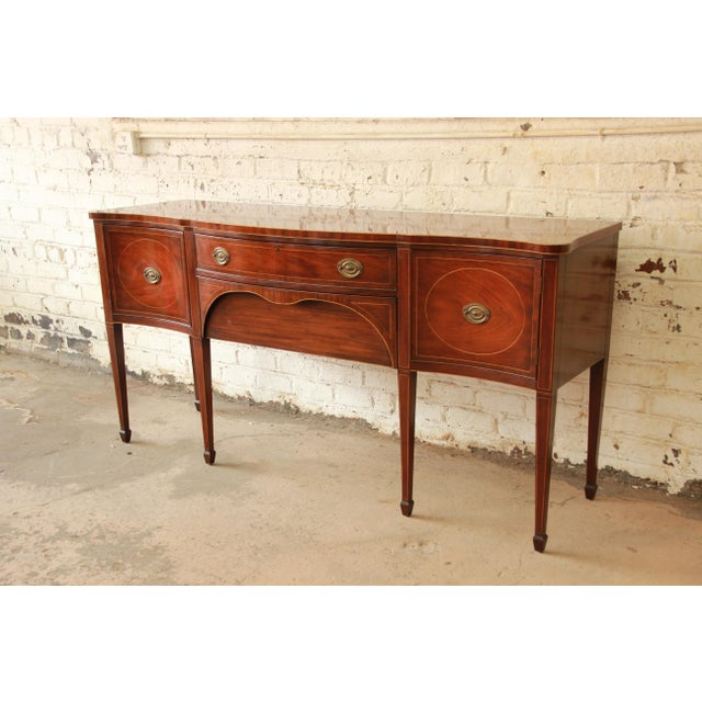 Federal Kittinger Hepplewhite Inlaid Mahogany Sideboard Buffet For Sale - Image 3 of 11