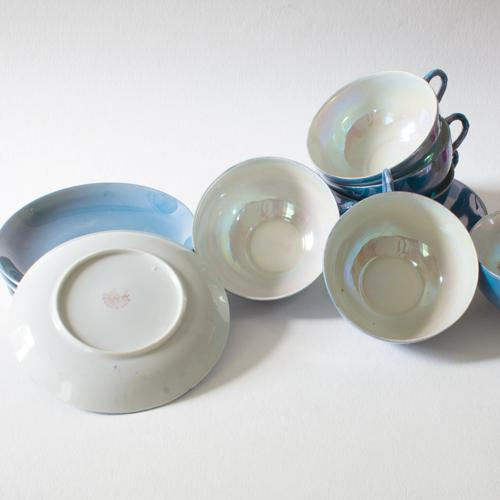 Pearlescent Teacups and Saucers - Set of 6 For Sale - Image 4 of 4