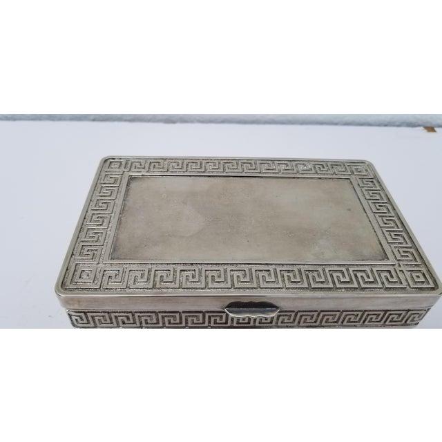 Italian 1980s Vintage Italian Vera Lucino Decorative Silver Plate Box For Sale - Image 3 of 12