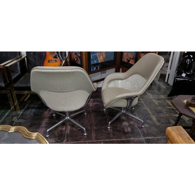 Steelcase Coalesse for Steelcase Gray Leather Upholstery Lounge Chairs- A Pair For Sale - Image 4 of 13