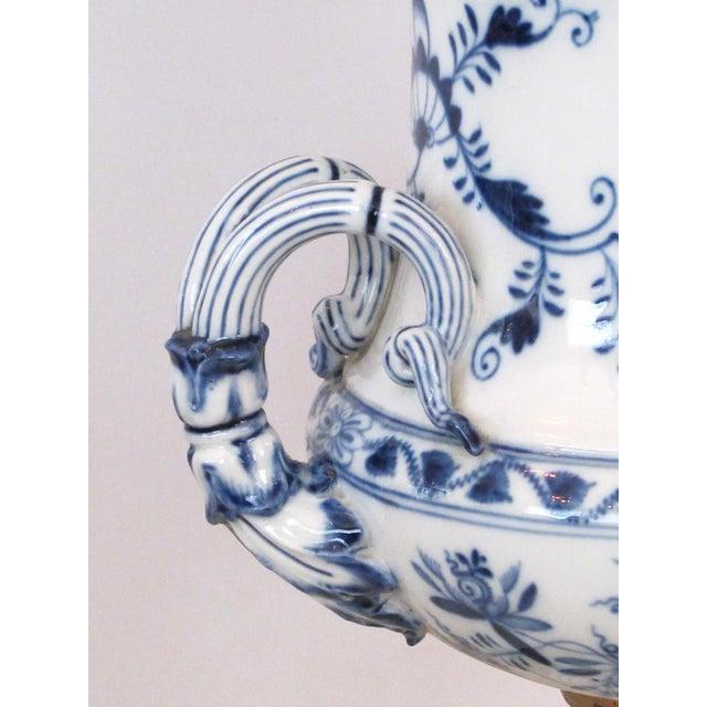 Meissen Porcelain Meissen Blue Onion Pattern Oil Lamps by Whiteley's Dept. Store, London - a Pair For Sale - Image 4 of 10