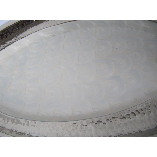 Hammered metal oval platter with decorative faux shell inlay and bowl, great for dips and appetizers. Also included are 6...