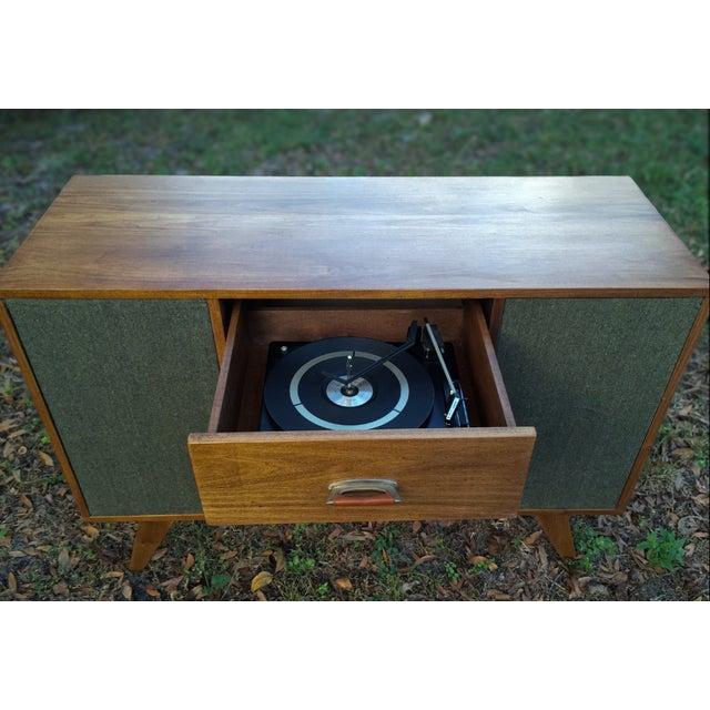 Mid-Century Modern Vinyl Record Console Credenza - Image 5 of 7
