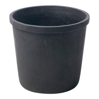 Small Lipped Cylinder Planter in Matte Black For Sale