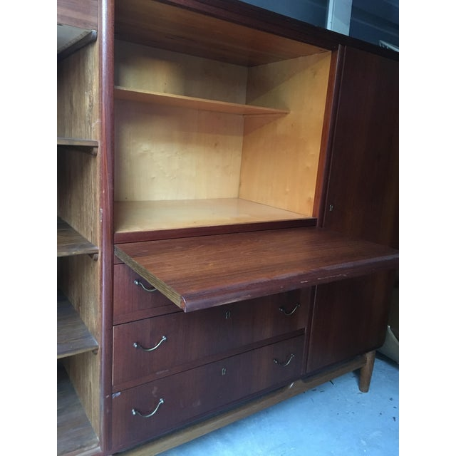 Brown Mid-Century Mahogany Chifforobe For Sale - Image 8 of 9