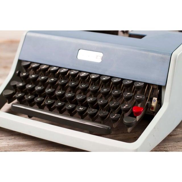 Vintage Underwood 21 Typewriter For Sale In San Francisco - Image 6 of 9