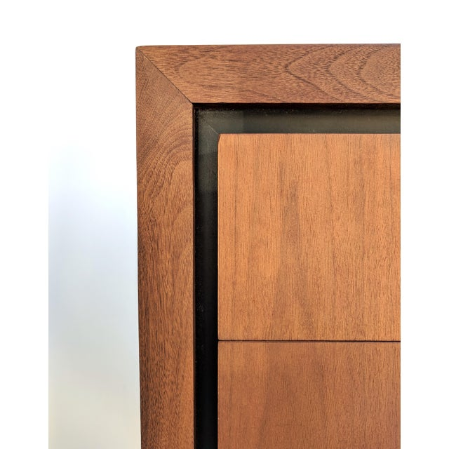 Brown Mid-Century Modern Dillingham for Merton Gershun Walnut Dresser For Sale - Image 8 of 11