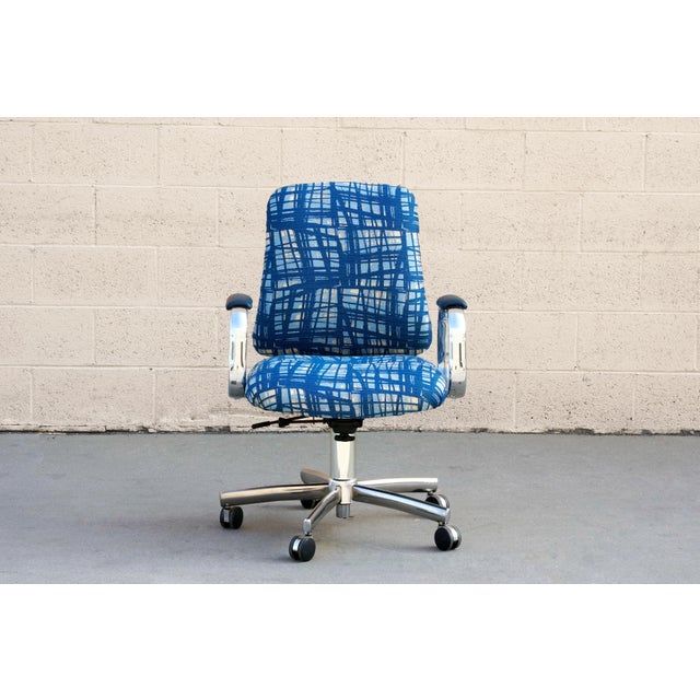 Mid-Century Modern Vintage SteelCase Executive Steno Armchair, Refinished For Sale - Image 3 of 7